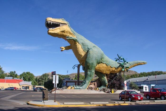 The world's biggest dinosaur model