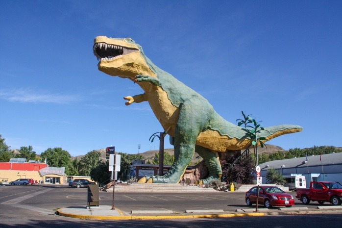 The world's biggest dinosaur model